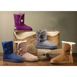 Женские угги: в чём преимущества перед другой обувью?